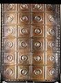 Lorenzo ghiberti e aiuti, porta nord del battistero di firenze, retro con teste leonine, 01.JPG