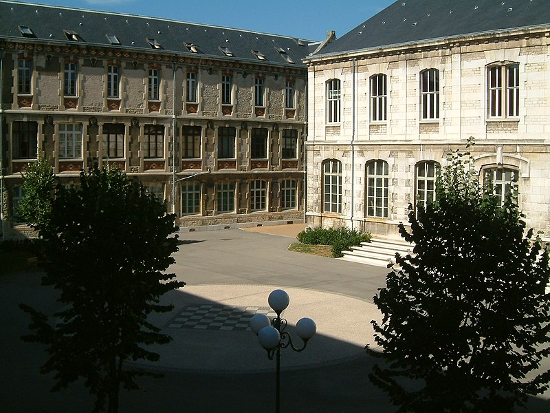 Fichier:Lycée Carnot (Dijon) 04.jpg
