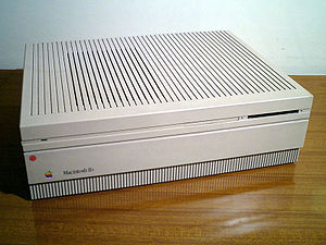 Macintosh II series - Image: Macintosh I Ix