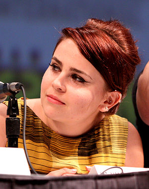 Mae Whitman - Whitman at the 2010 San Diego Comic-Con