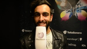 Fișier:Marco Mengoni - L'essenziale presentation (English).ogv