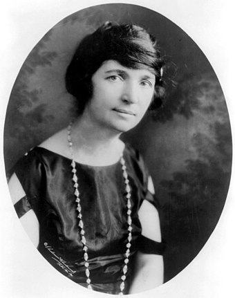 Goldman joined Margaret Sanger in crusading for women's access to birth control; both women were arrested for violating the Comstock Law. MargaretSanger-Underwood.LOC.jpg
