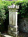 Marignac (31) cimetière tombe (2).JPG