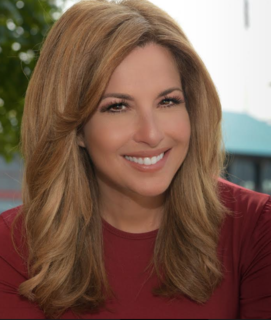 Mary Calvi American television journalist