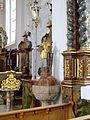 Mauerstetten - St. Vitus - Taufstein (2).JPG
