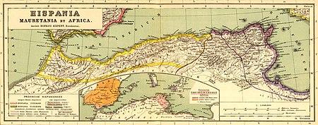 Maurétanie Tingitane (à l'ouest), Maurétanie Césarienne (au centre) [orange], et Numidie (à l'est) [rose]