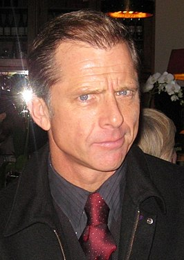 Maxwell Caulfield (cropped).jpg