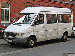 Mercedes-Benz Sprinter (1995–2000)