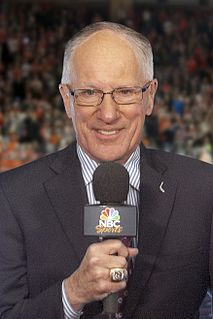 Mike Emrick American sports commentator