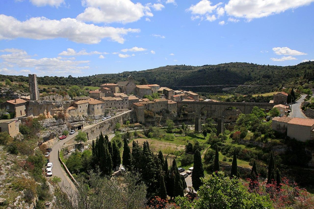 File:Minerve, Languedoc-Rousillon, Southern France.jpg ...