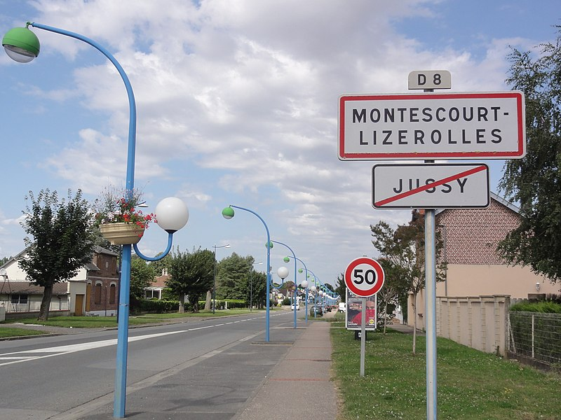 Montescourt-Lizerolles (Aisne) city limit sign, coming from Jussy