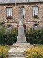 Montloué (Aisne) monument aux morts.JPG