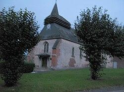 Montloué église fortifiée 1.jpg