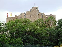 Montrond-les-Bains (Loire, Fr) château (ruine).JPG