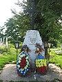 Monumentul eroilor din Iţcani.jpg
