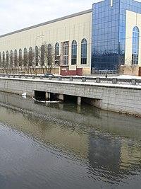 Moscow, Inlet of former Khapilovka River.jpg