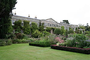 Mount Stewart - Characteristically luxuriant planting contained within formally clipped edging