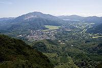 箱根山と芦ノ湖