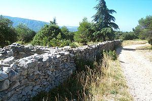 """Great Plague of Marseille - The """"mur de la peste"""""""