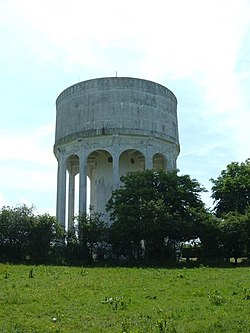 Mursley Water Tower - geograph.org.uk - 821395