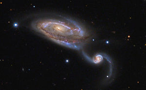 Aufnahme mit einem 24-Zoll-Reflektor: NGC5394 rechts, NGC5395 in der Mitte
