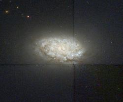 NGC 4451 hst 09042 R814G606B450.png
