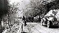 Na cesti proti Podbrdu, oktober 1917.jpg