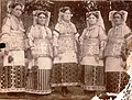 Narodna nosija, Lesok, 1890.jpg