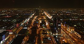Night view of City Riyadh from Hauptstadt Saudi Arabiens - panoramio.jpg