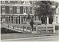 Noodbrug over de Kampersingel i.v.m. herstel Eendjesbrug. NL-HlmNHA 54008979.JPG