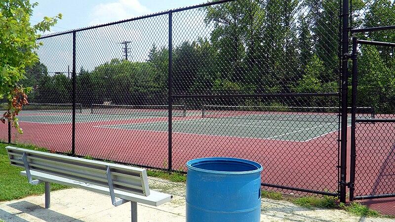 File:Northwestern Tennis Courts.jpg