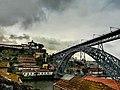 Nuvole minacciose sul Ponte D. Luís I. Ph Ivan Stesso.jpg