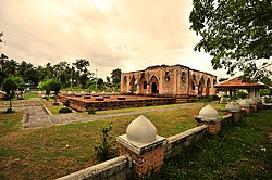 View of Krue Se Mosque, an ancient mosque in the Patani region.