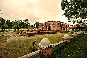 Patani - View of Krue Se Mosque, an ancient mosque in the Patani region.