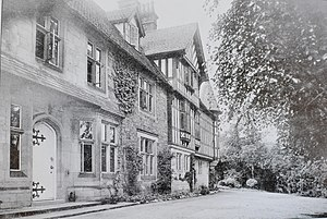 Px Oakhurstderbyshire Entrance on Family House 1900