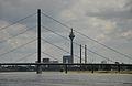 Oberkasseler Brücke (1).JPG