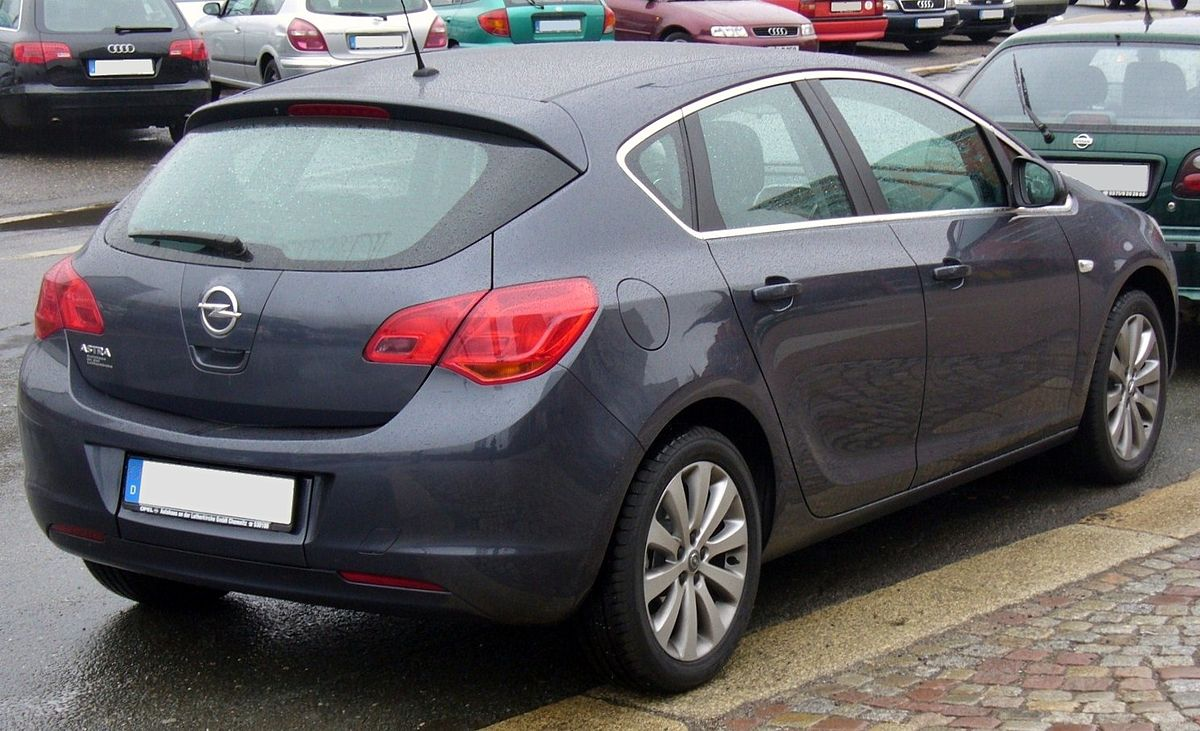 File Opel Astra J Heck Jpg Wikimedia Commons