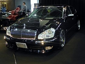 Osaka Auto Messe 2016 (490) - Nissan PRESIDENT (PGF50) tuned by JUNCTION PRODUCE.jpg