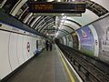 Oxford Circus stn Victoria northbound look south.JPG