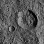 PIA20310-Ceres-DwarfPlanet-Dawn-4thMapOrbit-LAMO-image20-20160101.jpg
