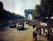 Leclerc's 2nd Armoured Division parading after the battle for Paris (August 1944)