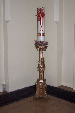 Paschal candle01