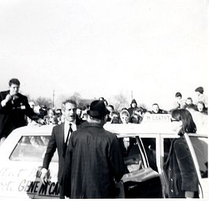 Eugene McCarthy presidential campaign, 1968 - Actor Paul Newman at a McCarthy rally in Wisconsin