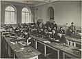 Piirustuksen opetustilanne, 1920-luku. Taideteollisuuskeskuskoulun opetustilanteita.-TaiKV-07-026.jpg
