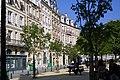 Place Dauphine, dans lîle de la Cité, Paris 2010.jpg