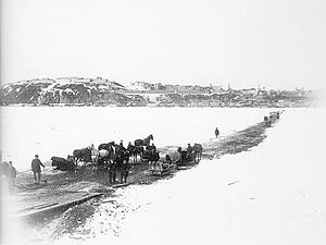 Ice bridge - The ice bridge on the St. Lawrence river between Québec and Lévis, Canada, in 1892
