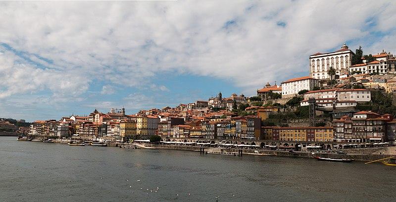 File:Porto-Panorama de Ribeira-20120910.jpg