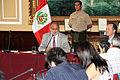 Presidente del congreso y prensa Extranjera (6780654310).jpg