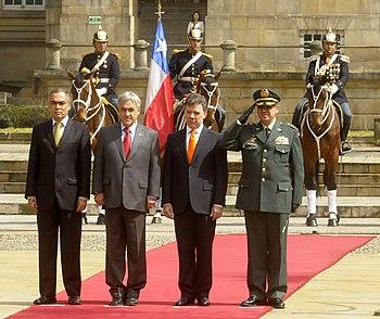 Presidentes Juan Manuel Santos Y Sebasti%C3%A1n Pi%C3%B1era