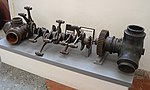Propellor hub & crankshaft from AW Whitley V -T4151- (25896828488).jpg